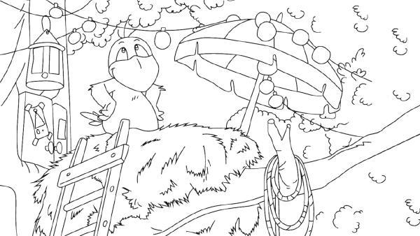 Der kleine Rabe Socke sitzt in seinem Nest.    Rechte: KiKA/SWR