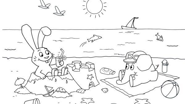 Elefant und Hase sind im Urlaub und sitzen am Meer. Die Sonne scheint, sie spielen am Strand und bauen Sandburgen.  | Rechte: KiKA/WDR