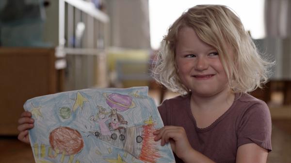 Die fünfjährige Sol ist für ihr Alter schon ziemlich reif und unabhängig. Sie lebt zusammen mit ihrem Bruder bei ihrer alleinerziehenden Mutter. | Rechte: KiKA/NRK
